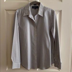 Jones New York Button blouse black and white